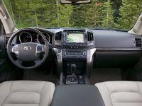 Toyota Land Cruiser 2009, 8 of 28
