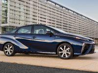 Toyota Mirai 2015, 2 of 4