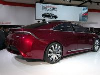thumbnail image of Toyota NS4 Hybrid Concept Detroit 2012