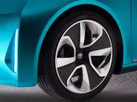 Toyota Prius c Concept, 12 of 27