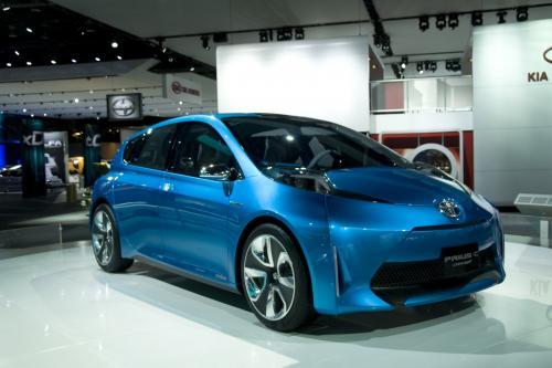 Toyota Prius – новый концепт продемонстрирован в Детройте. Эксклюзивные фотографии.