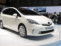 thumbnail image of Toyota Prius+ Geneva 2011
