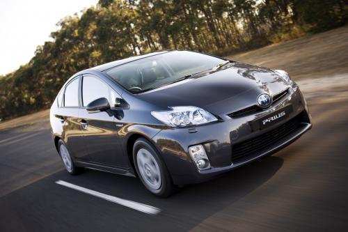 Toyota Prius hybrid synergy drive [6 фотографий автомобиля]