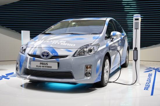 Toyota Prius plug-in hybrid Paris