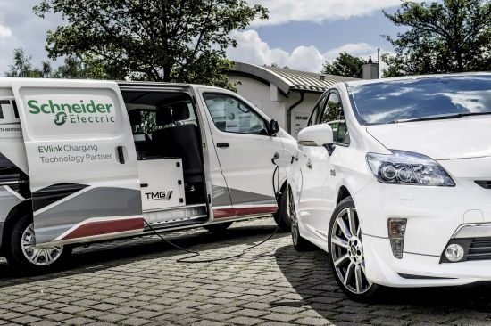 Toyota Prius Plug-in TRD