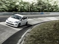 Toyota Prius Plug-in TRD, 3 of 6