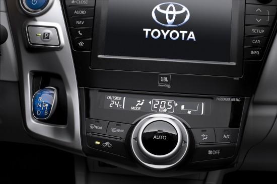 Toyota Prius Plus MPV