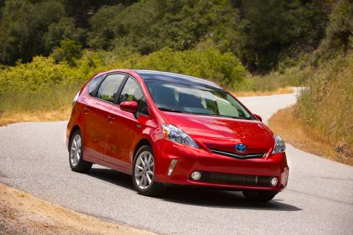 Toyota Prius+ для разностороннего лето