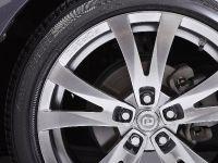 Toyota Prius PLUS Performance, 4 of 5