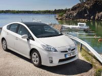 thumbnail image of Toyota Prius Solar Pack