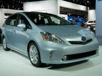 thumbnail image of Toyota Prius v Detroit 2011