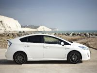 thumbnail image of Toyota Prius X Special Edition