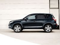 Toyota RAV4 2010, 3 of 16