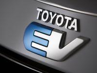 Toyota RAV4 EV Concept, 1 of 2