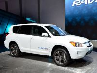 Toyota RAV4 EV Los Angeles 2010, 2 of 3