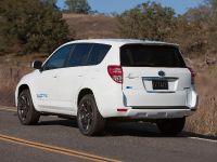 Toyota RAV4 EV, 6 of 33