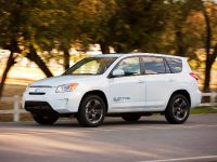 Toyota RAV4 EV, 7 of 33