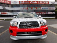 Toyota Tacoma X-Runner RTR, 4 of 7