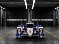 Toyota TS040 Hybrid Race Car, 1 of 3