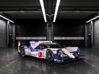 Toyota TS040 Hybrid Race Car, 2 of 3