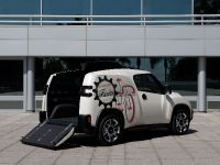Toyota U-squared Urban Utility Concept, 3 of 8