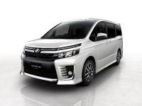 Toyota Voxy Concept, 1 of 2