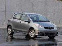 Toyota Yaris 2009, 1 of 2
