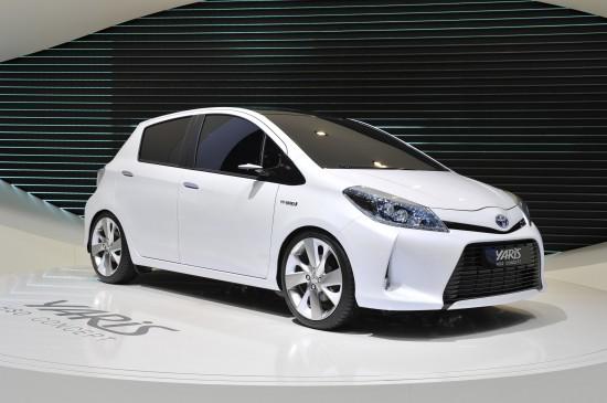 Toyota Yaris HSD concept Geneva