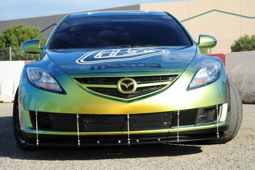 Mazda команд с Troy Lee Designs и DG Motorsports настроить Evolution Zoom-Zoom