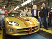 Ultimate Factory Customized 2010 Dodge Viper coupe, 2 of 3