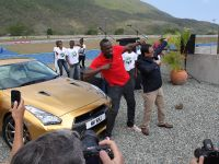 Usain Bolt Golden Nissan GT-R, 7 of 14