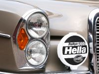 thumbnail image of VATH Mercedes-Benz 300SEL