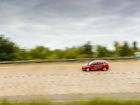 thumbnail image of Vauxhall Astra 18 Speed Endurance Records