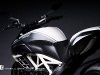 thumbnail image of Vilner Ducati Diavel AMG