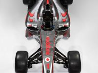 Vodafone McLaren Mercedes MP4-24, 2 of 3