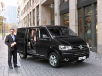 Volkswagen Caravelle Business, 2 of 4