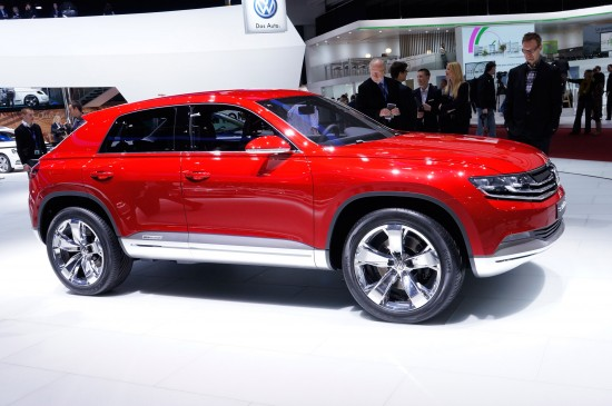 Volkswagen Cross Coupe plug-in hybrid Geneva
