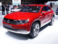 thumbnail image of Volkswagen Cross Coupe plug-in hybrid Geneva 2012