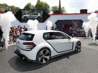 thumbnail image of Volkswagen Design Vision GTI Concept