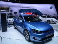 thumbnail image of Volkswagen e-Golf New York 2014