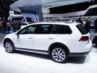 thumbnail image of Volkswagen Golf Alltrack Paris 2014