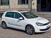 thumbnail image of Volkswagen Golf blue-e-motion Concept