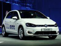 thumbnail image of Volkswagen Golf GTE Geneva 2014