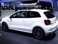 thumbnail image of Volkswagen Golf GTE Paris 2014