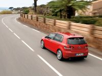 Volkswagen Golf GTI, 24 of 35