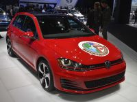 Volkswagen Golf GTI Detroit 2015, 1 of 2