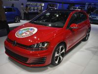 Volkswagen Golf GTI Detroit 2015, 2 of 2