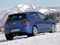 Volkswagen Golf R, 25 of 28
