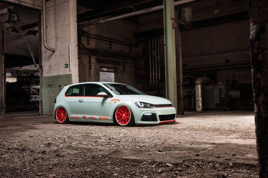 Volkswagen Golf VII Light-Tron