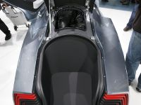 thumbnail image of Volkswagen L1 Concept Frankfurt 2009